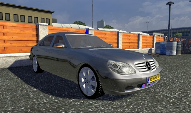Mercedes Benz S600 Traffic